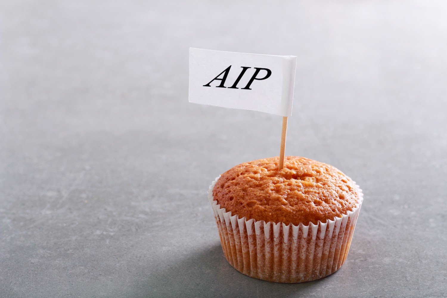 AIP diet: Cupcake with AIP sign