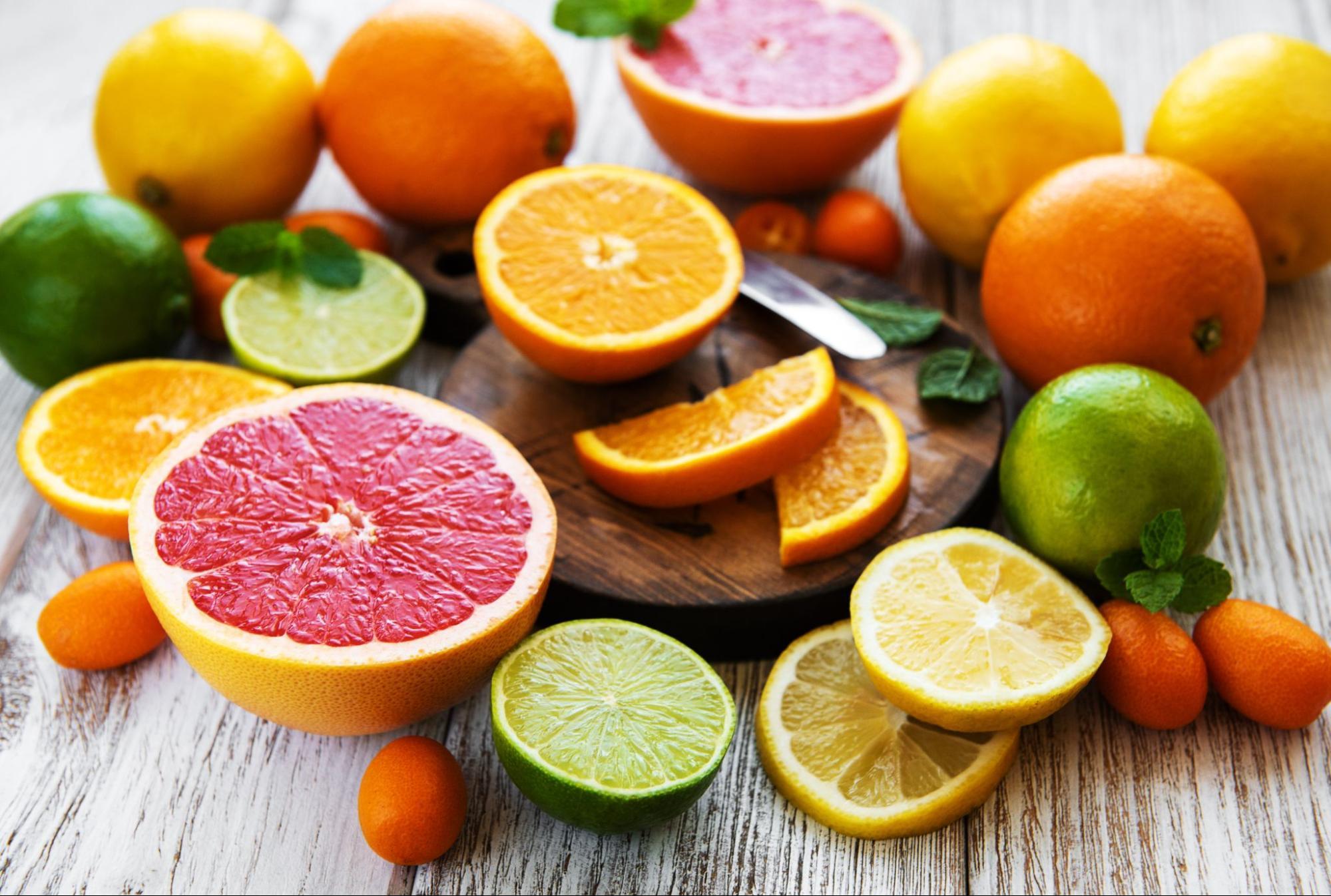 LPR diet: Variety of fresh citrus fruits